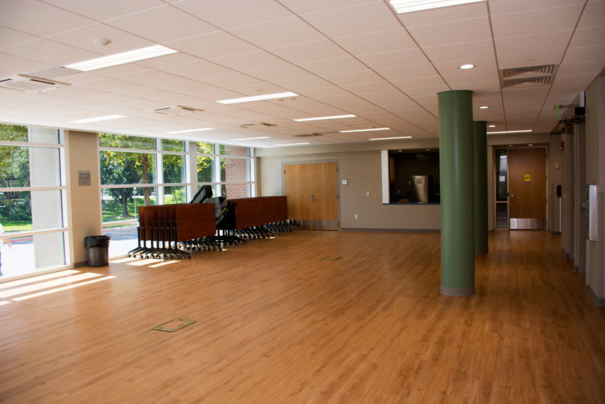 UFHousing_CS_Facility_CypressGatheringRoom_Staged_001